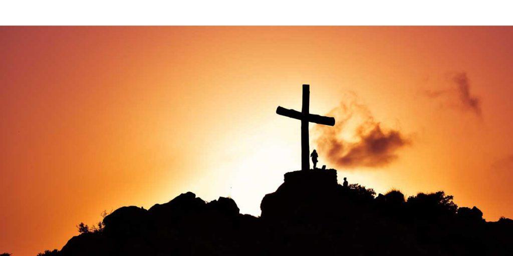 Kruis bij zonsopgang